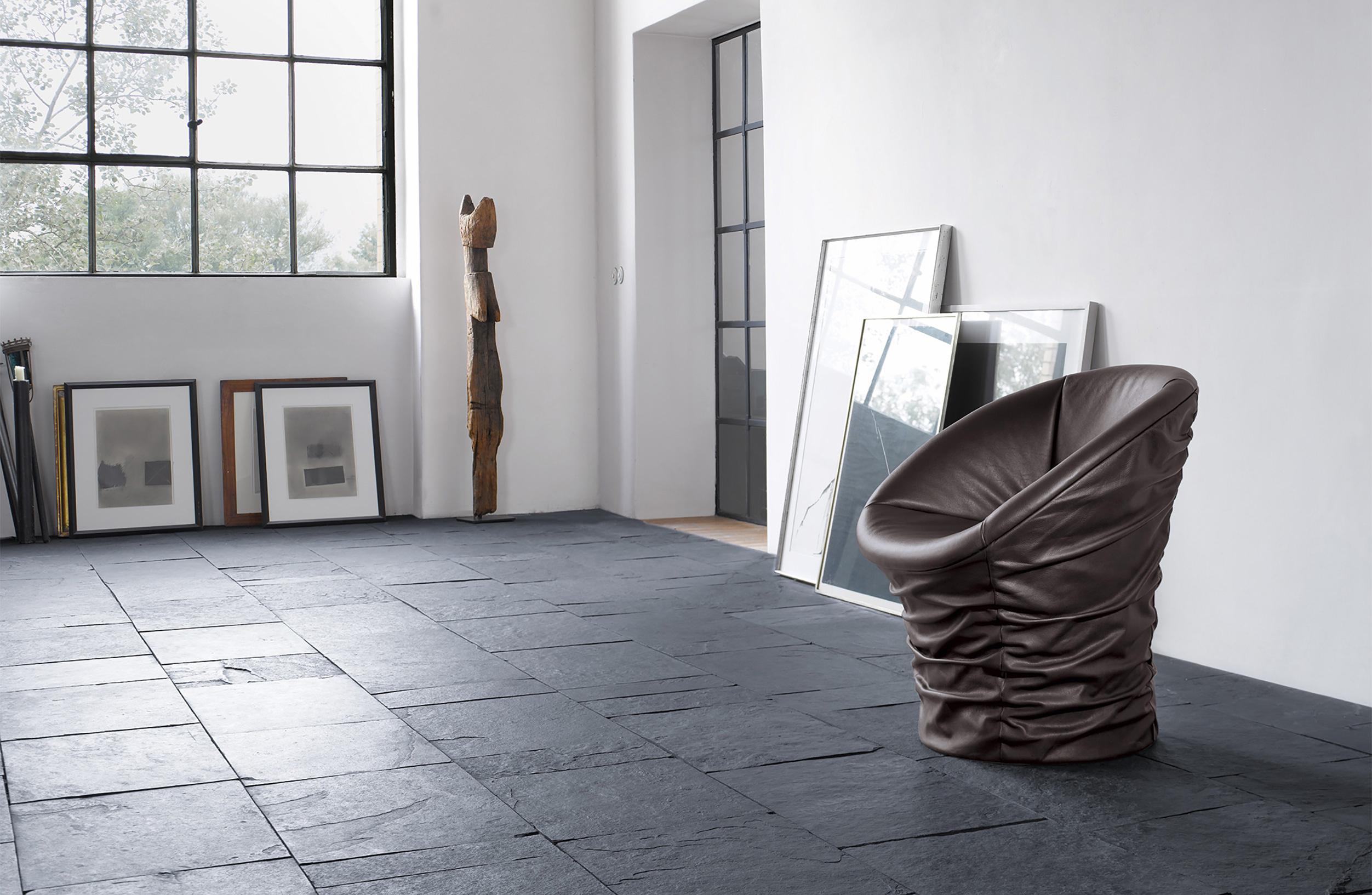 walter_knoll-bellows_chair-03