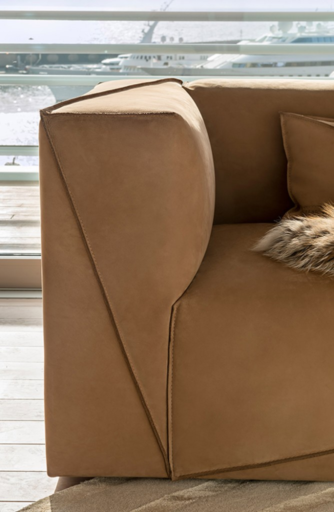 fendi_casa-diagonal_sofa-thumbnail