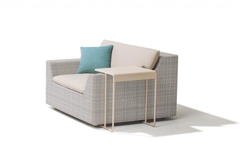 dedon-lou-outdoor_armchair-thumbnail