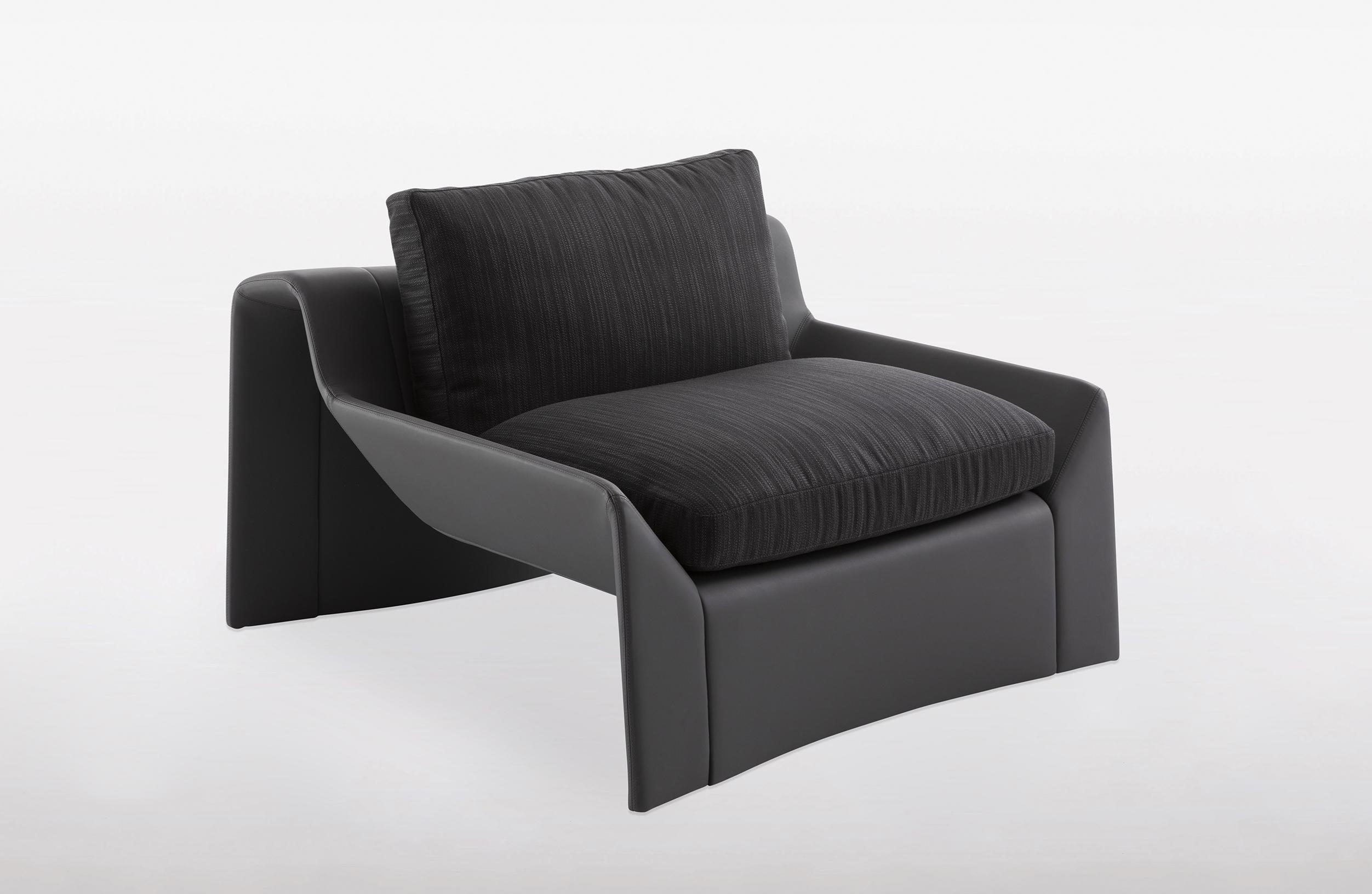 bugatti home-chiron-armchair-06