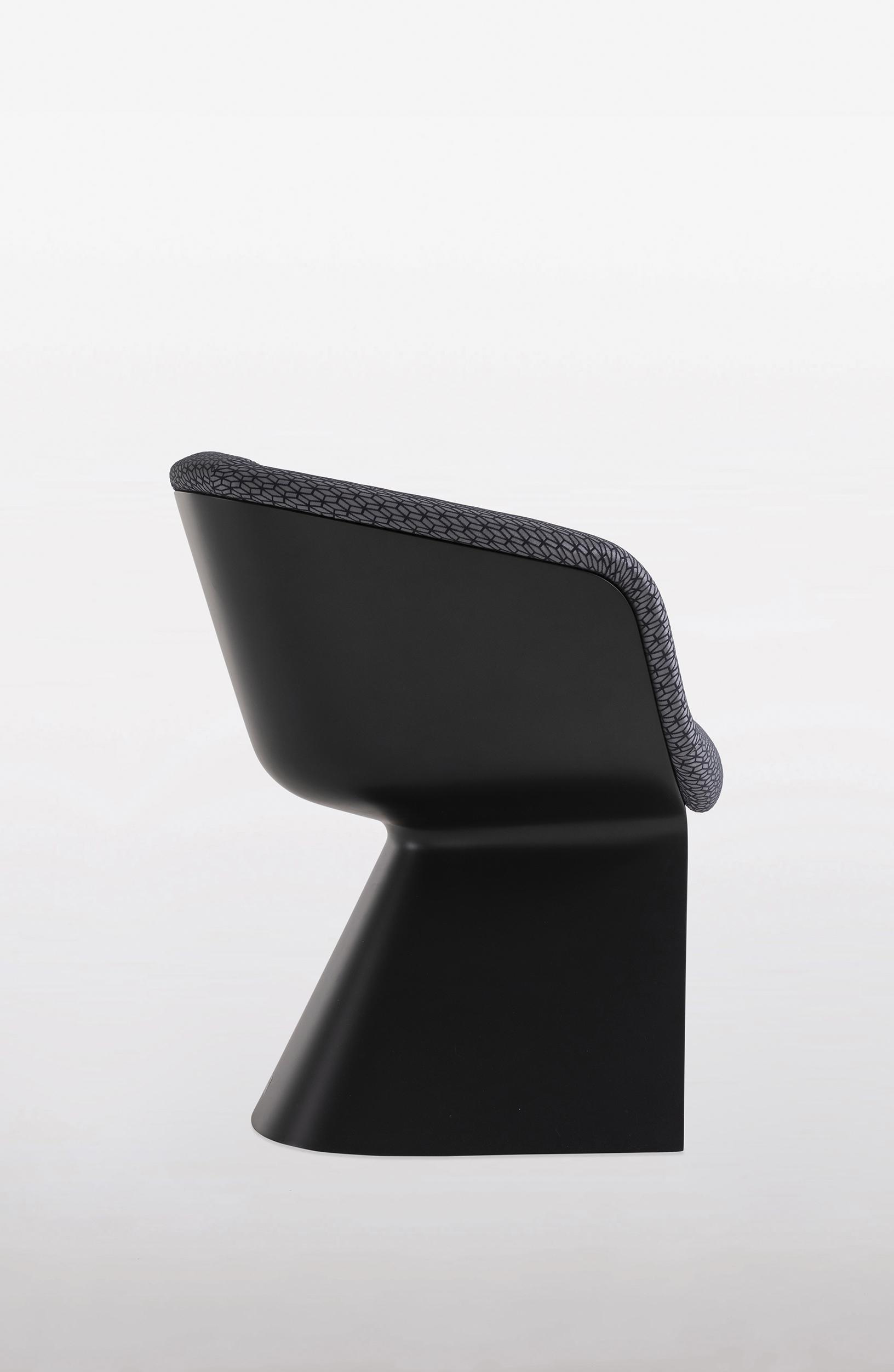 bugatti home-vitesse-chair-05