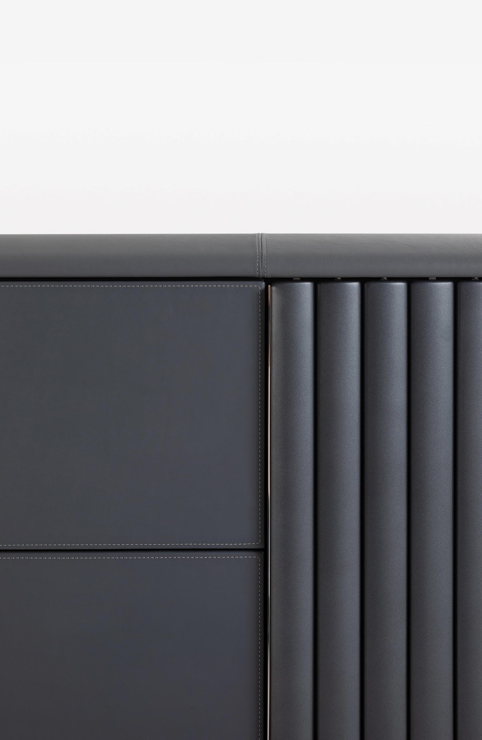 bugatti-veyron-sideboard 03