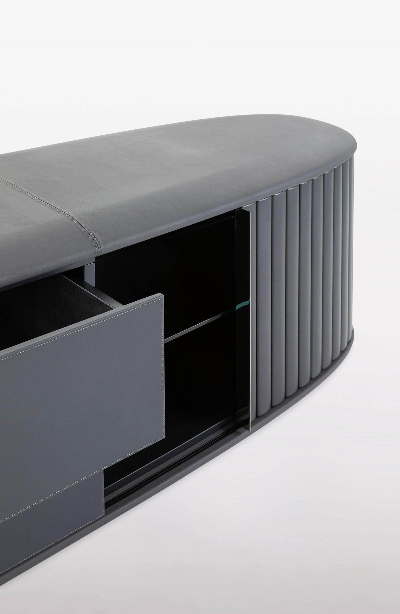 bugatti-veyron-sideboard 05